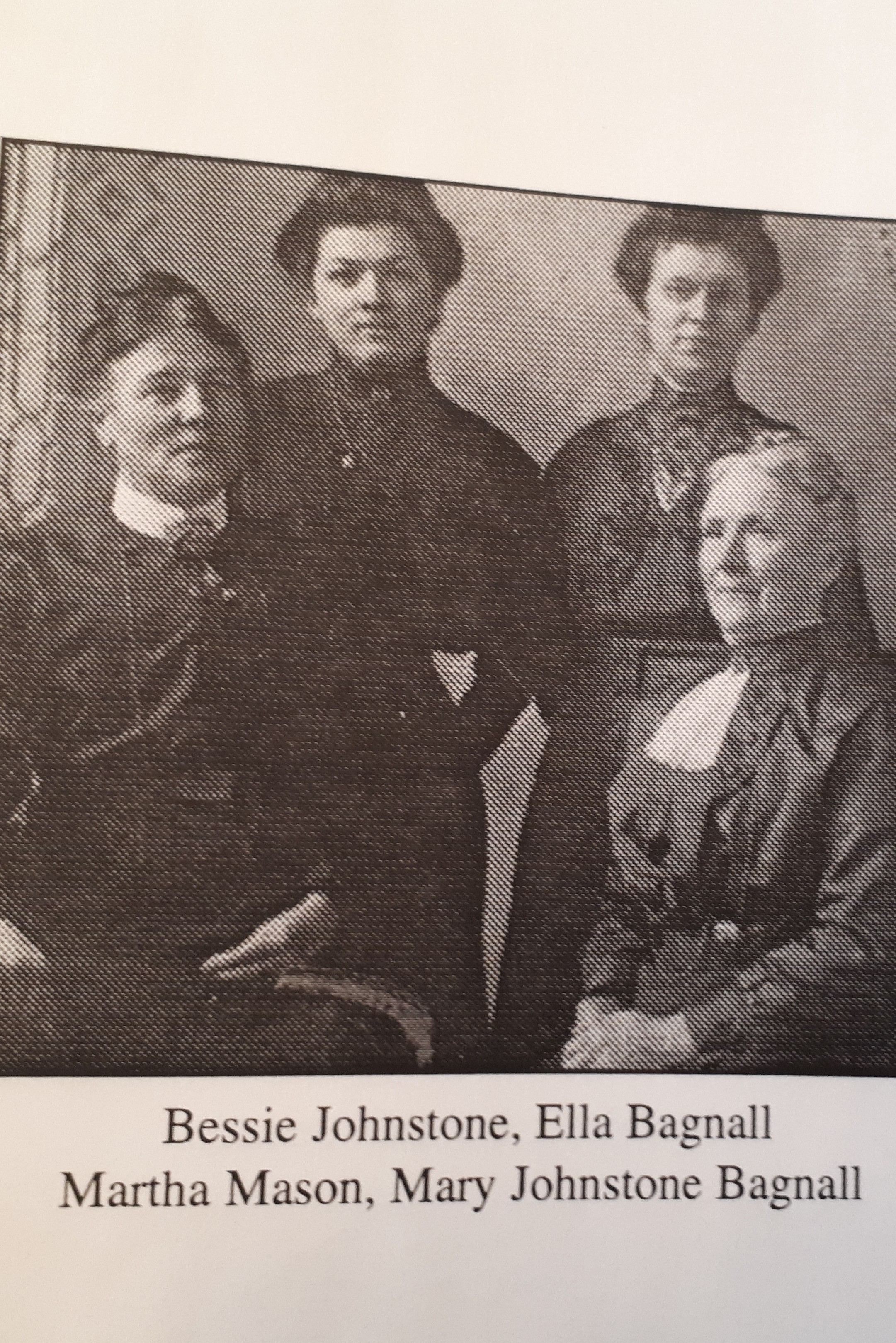 Johnstone_sisters