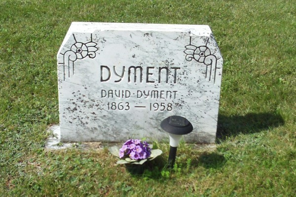 Dyment_David_gravestone